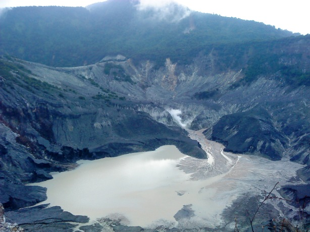 The Beauty of Indonesia (Top 10 Favorite Tourism Destinations in Indonesia)